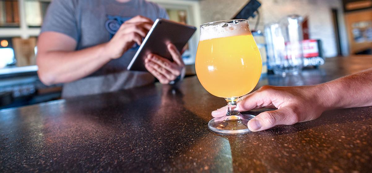 beer-glass-served